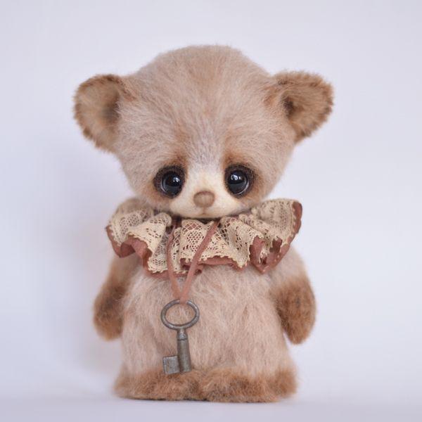 """Denny"" little bear - OOAK 4,5"" / Teddy Bears & Pals / Teddy Talk: Creating, Collecting, Connecting"