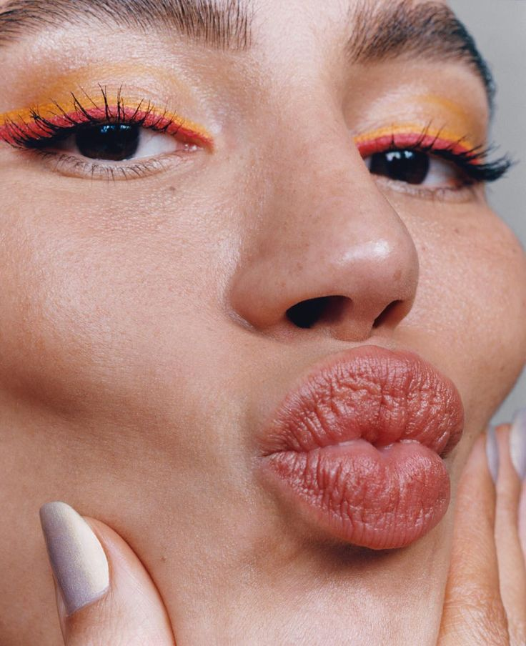 Our Beauty Guru Gives You Her Magic DIY Lip Scrub For Plump Soft Lips Image Cred…