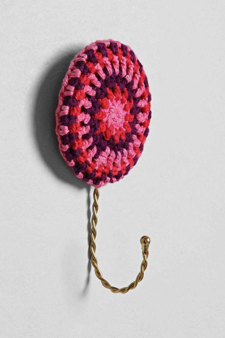 Plum & Bow Crochet Medallion Hook