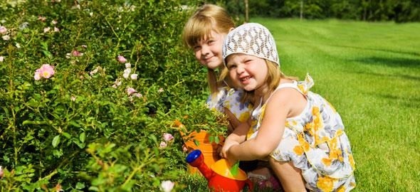Γεμίστε ευχάριστα τον ελεύθερο χρόνο της οικογένειας με 10 παιχνίδια που δεν επιβαρύνουν το περιβάλλον.