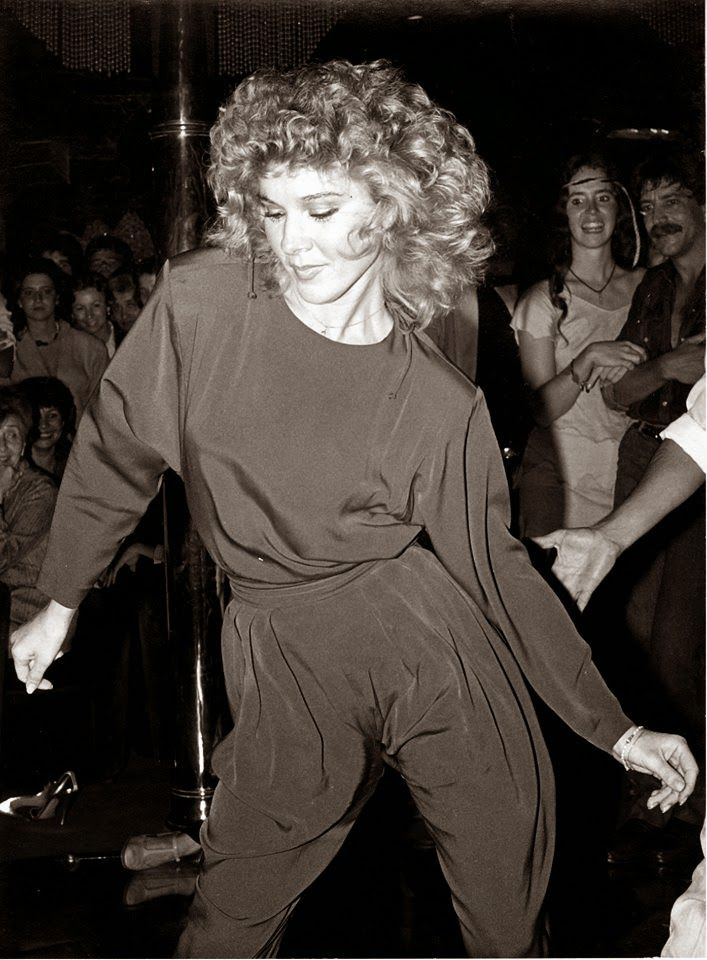 Smokin' hot dancer Cynthia Rhodes on the dance floor wowing the crowd with her moves!