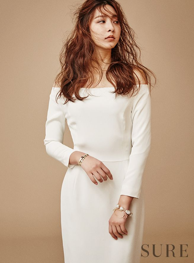 Park Se Young Sure April 2016 Look 2