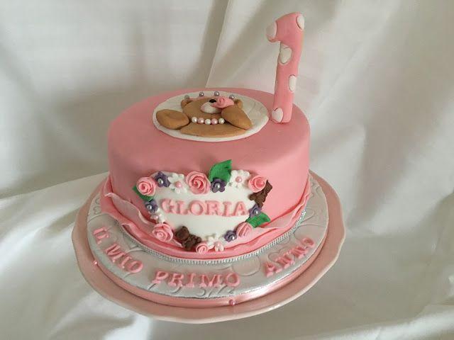Cosa c'è per dolce?: Gloria e il suo primo anno tutto in rosa!