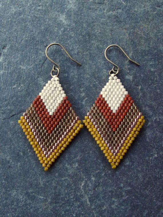 Beaded Brick Stitch Earrings by LeliaRdesigns on Etsy