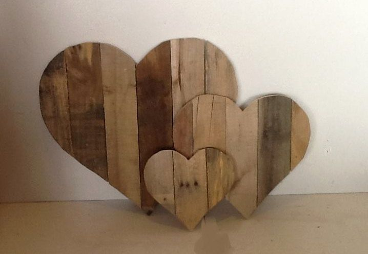 Set Of 3 Large Wooden Valentine Hearts Made From Reclaimed Wood Perfect Rustic Holiday Decor Beautiful Pallet Heart Lo Wooden Hearts Love Decorations Pumpkin Decorating