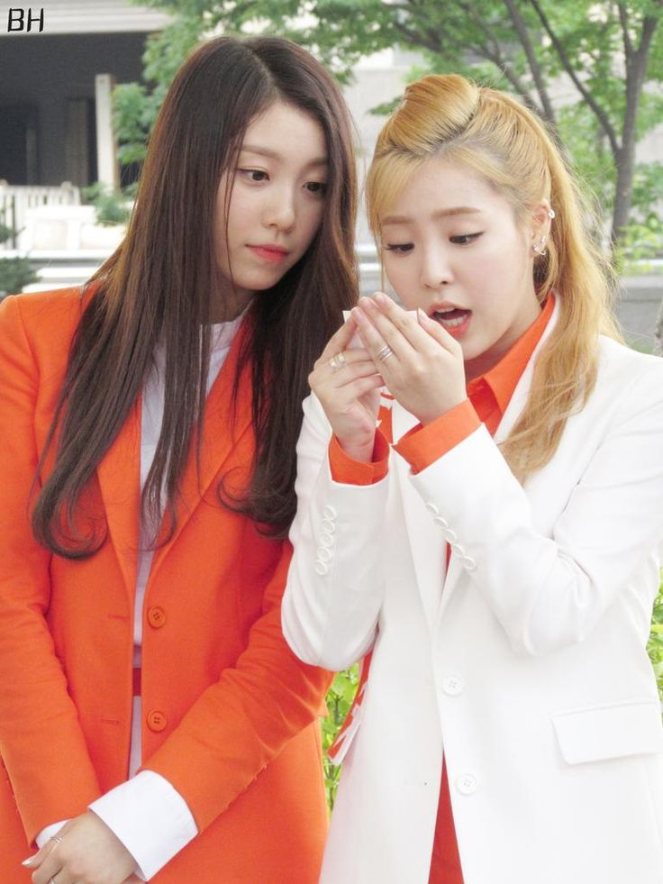 The Ark (디아크) ♡ Halla & Minju ♡ 150606 The Ark Mini Fanmeeting after Music Core; cr : BH ♥ do not edit