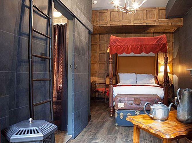 O hotel Georgian House, em Londres, criou quartos temáticos de Harry Potter que recriam os cenários dos livros e filmes.