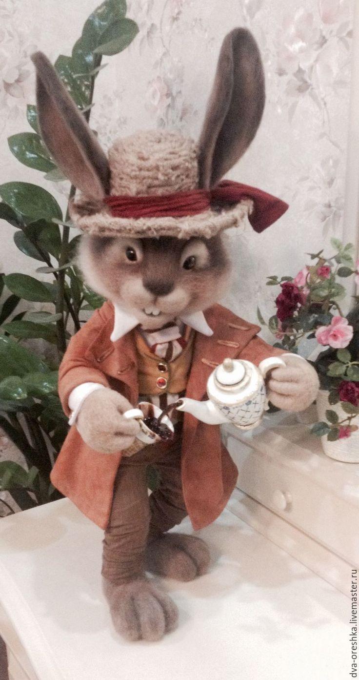 Купить Мартовский Заяц - бежевый, мартовский заяц, коллекционная игрушка, алиса в стране чудес
