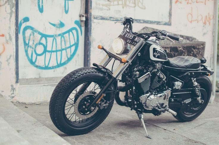 JHONICAS ~ The second built bike from RockedRock Kustom Motor. A beautiful V Twin 250 of Kaisar Ruby. #bali