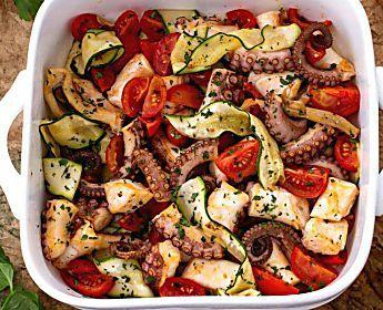 FOOD - Stupisci tutti con una ricetta semplicissima: il polpo al forno (microonde)
