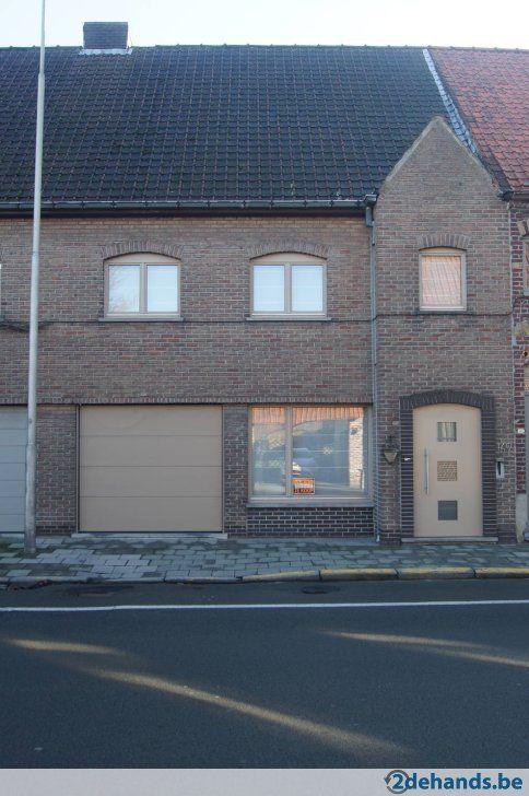 Rijwoning te koop, 300 m² te Oostrozebeke met garage en tuin