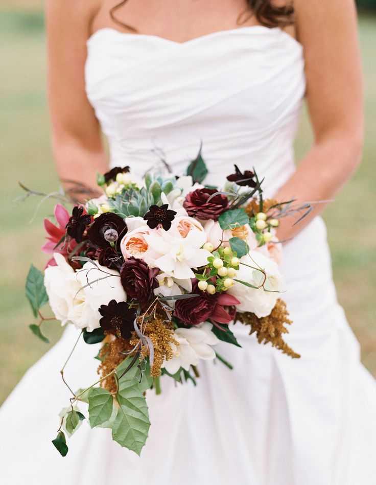 Fall inspired bouquet: Photography: http://www.stylemepretty.com/2015/02/19/elegant-fall-wedding-at-the-garrison/ | Carmen Santorelli Photography - carmensantorellistudio.com