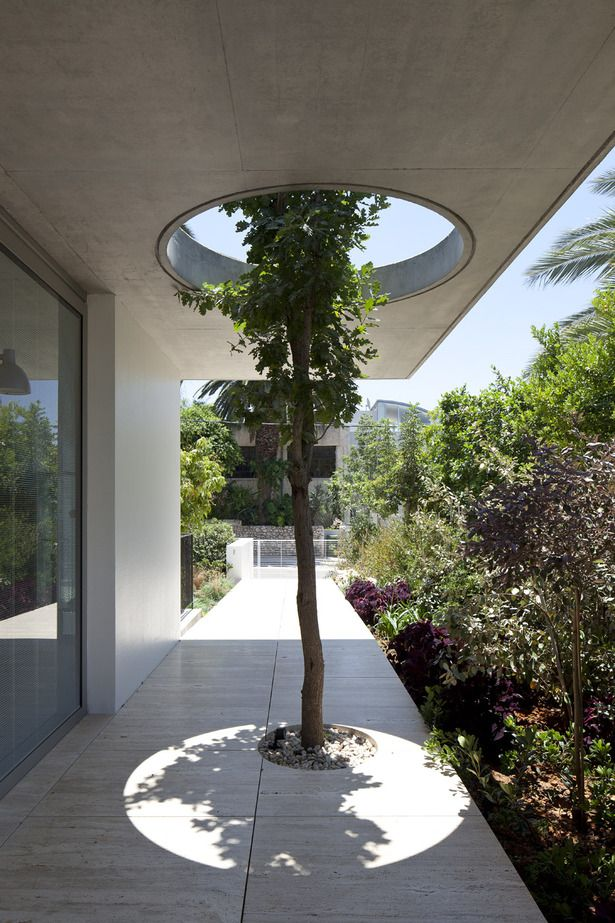 Private house,Tel aviv Israel | WEINSTEIN VAADIA ARCHITECTS | Photo: Amit Geron | Archinect