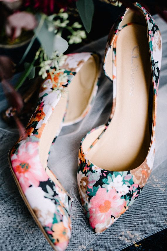 Floral bridal shoes | Wedding & Party Ideas | 100 Layer Cake