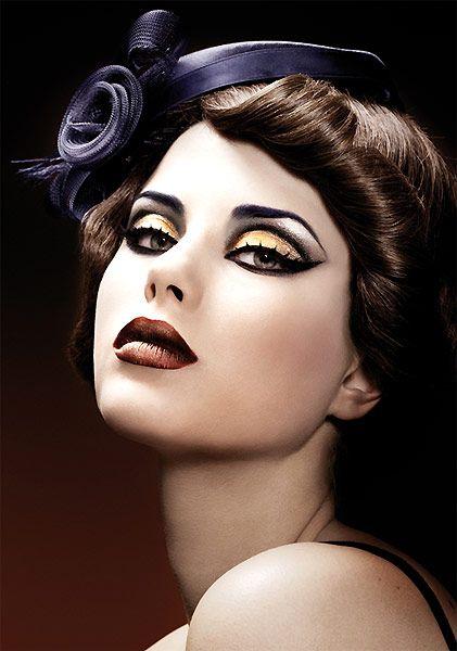 retro fabulous!Make Up, Eye Shadows, Dramatic Eye, Vintage Makeup, Beautiful, Makeup Ideas, Hair, Vintagemakeup, Retro Makeup
