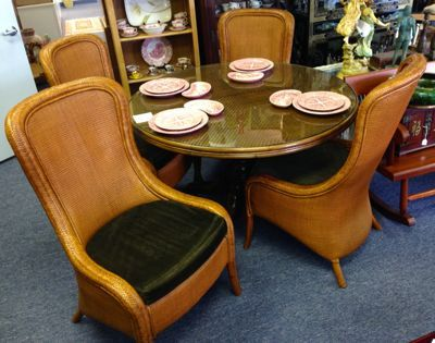 Your Ideal Gulf Coast Dining Room Tommy Bahama Round