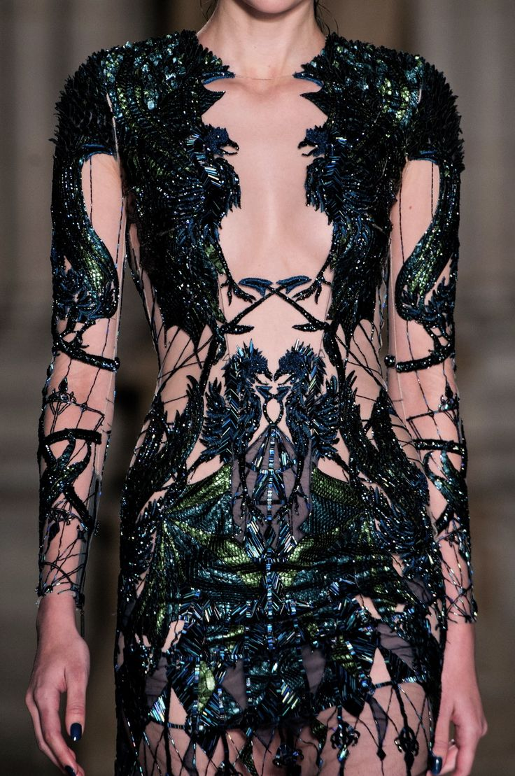 fashioninquality:  Detail at Julien Macdonald Fall Winter 2014 | LFW