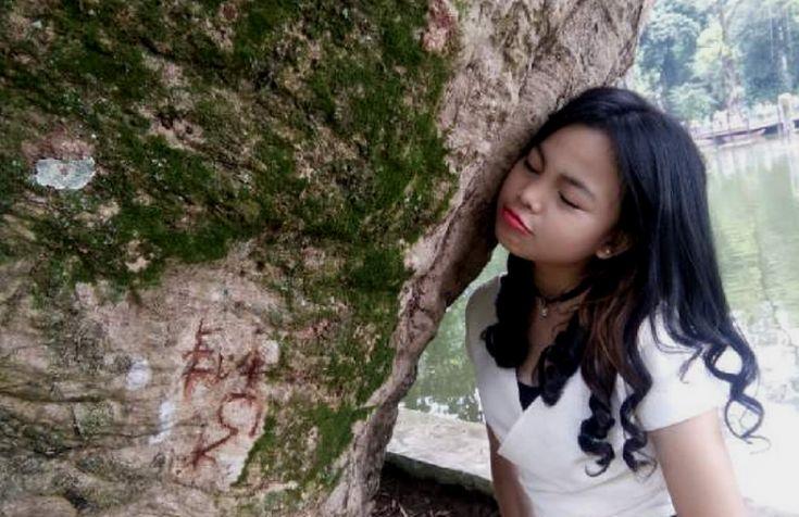 20 Pose Foto Paling Unik di Kebun Raya Bogor, Mau Coba?