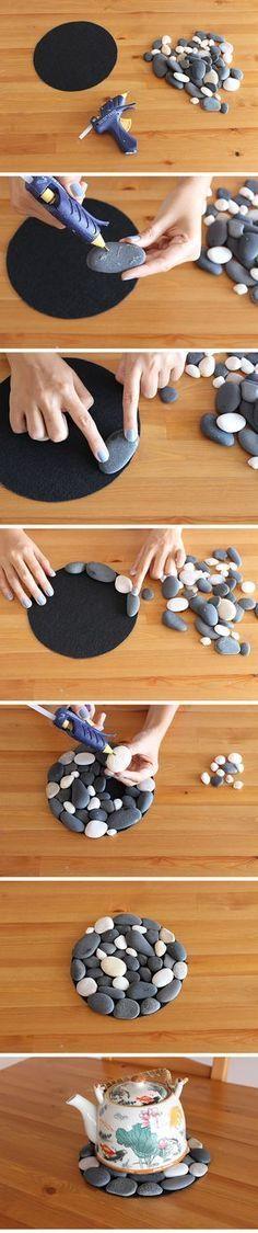 DIY Pebble Mat #diy #pebble #kendinyap #decoration