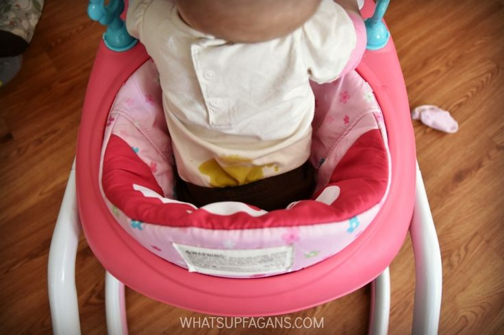 So have had this happen! Great baby stain remover tips for poop stains in clothes.