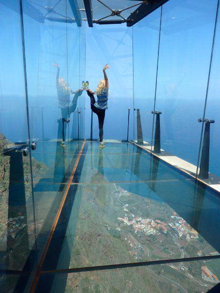 """gläsernen Skywalk """"Mirador de Abrante"""" auf La Gomera - Claudia Mannes"""