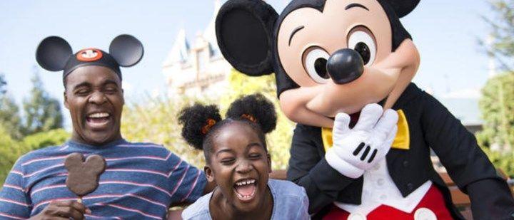 17 coisas que você não pode fazer se estiver na Disneylândia