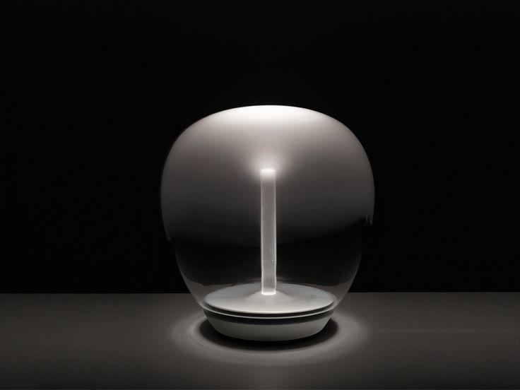 #LED #Tablelamp #Artemide #technology