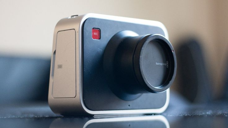 Black Magic Cinema Camera 2.5K EF  Charger Adapter Tips