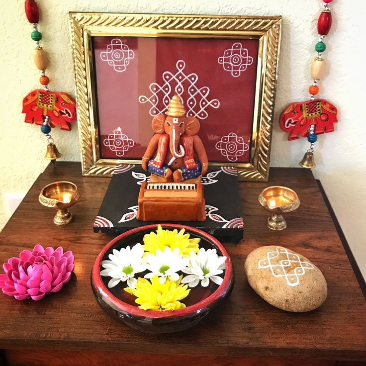 "94 Likes, 6 Comments - Divya Vijay (@divyavijay419) on Instagram: ""My Pulaiyar/ Ganesha gearing up to play some soothing, divine music Happy Ganesh Chaturthi . .…"""
