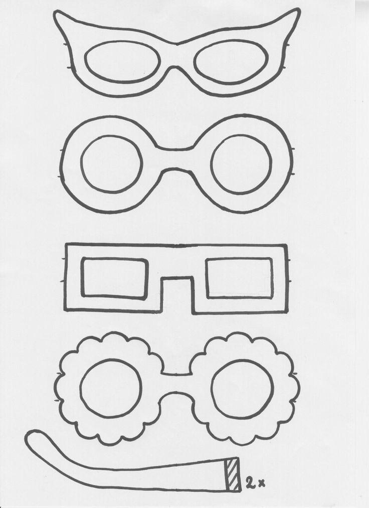gekke brillen als attribuut
