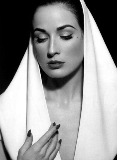 Dita Von Teese Black and white