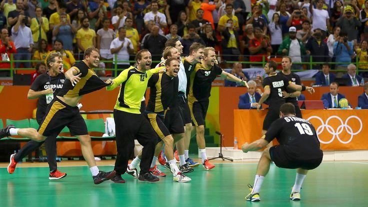 """""""Bad Boys"""" krönen überragendes Jahr: Handballer belohnen sich mit Olympia-Bronze"""