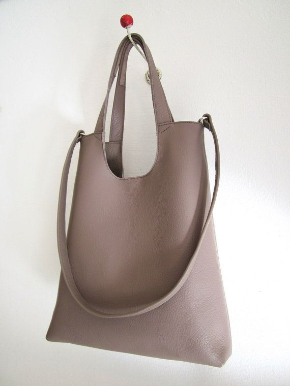 leather bag Tokyo sun L cowleather taupe  and by moniaherbst, €239.00