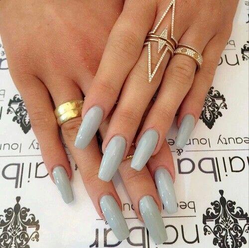 Light Gray Nail Art