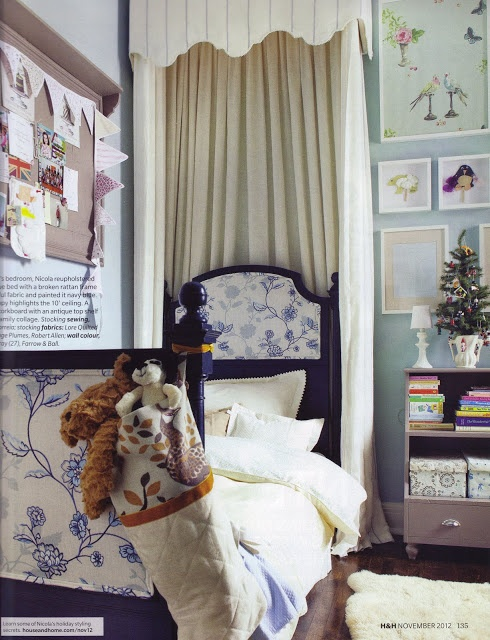 Vintage bed with canopy... A little girl's dream