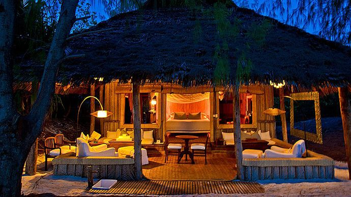 Re-Live your Romantic Times with the Beach Mnemba Island Lodge