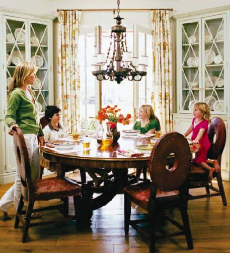 Southern Living Love This Room You Can Tell By The Clothes That Must