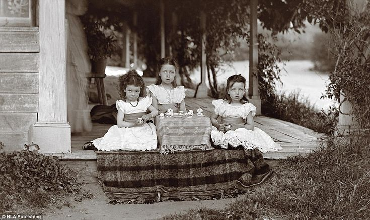 Three of the seven children of graziers George and Mary De Salis - Nina, Charlotte and May...