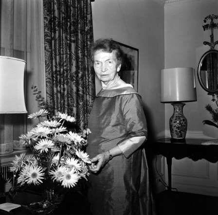 Célèbre pour sa lutte pour la contraception et l'éducation sexuelle, Margaret Sanger est aussi connue pour avoir mis en place la Planned Parenthood Federation of America (planning familial américain). Ses actions militantes lui valent d'être arrêtée à plusieurs reprises.