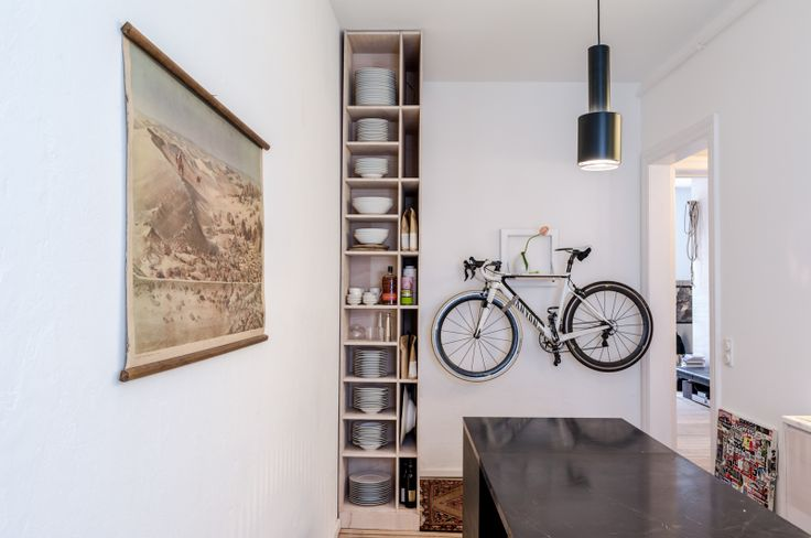 The FvF Apartment kitchen with the pendant lamp A110 designed by Alvar Aalto (1952) from Artek.