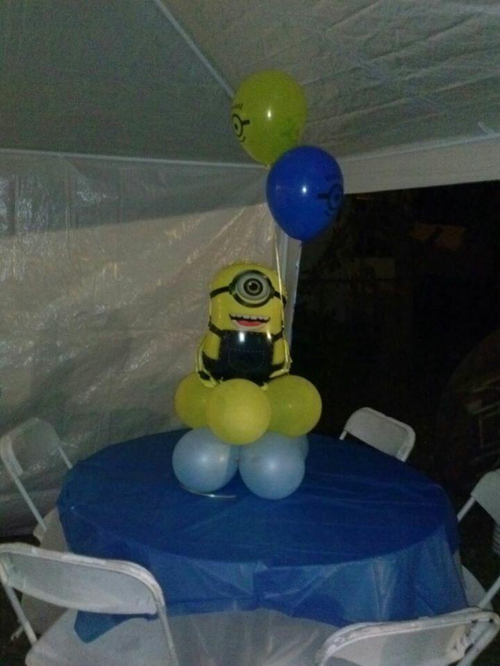 Despicable me minion balloon centerpiece shelly sdecor