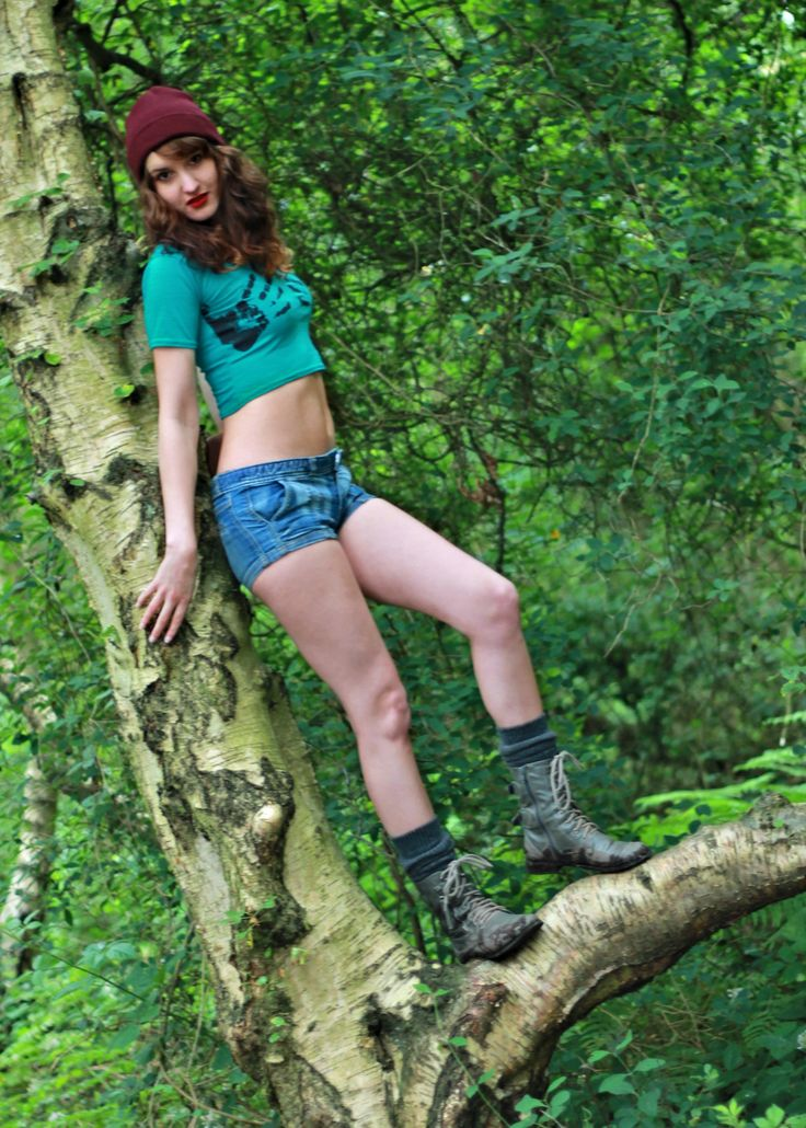Muddy boots! Outdoor photo shoot with Dale Dickinson