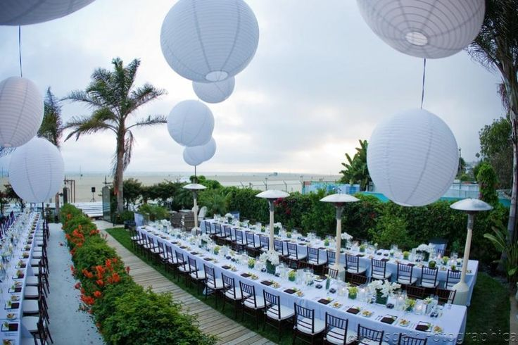 PRIVATE PARTY ON THE BEACH