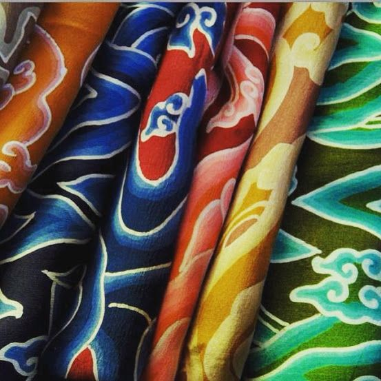 The colours of Indonesia #localbrand #indonesiabrand #lookbookindonesia #indonesianfashiondesigner #indonesianfashion #ootdindonesia #ootdindo #jktfhouse