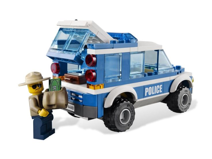 LEGO® City Forest Police Station 4440 (4)