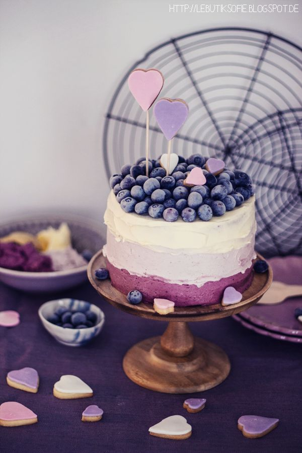 """be my valentine"" cake 
