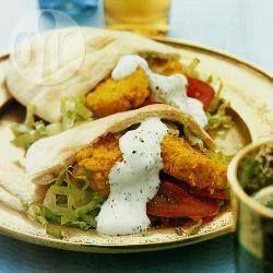 Pitabroodje met falafel @ allrecipes.nl Zelf falafel maken!
