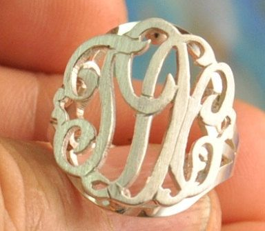 Monogram ring. Must have.: Custom Size, Initials Rings, Gold Plates, Marley Lilly, Necklaces, Rai Monograms Cut, Cut Outs, Monograms Rings, Solid Silver