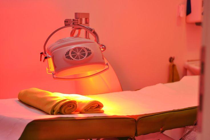 Lumina din timpul tratamentului LED+Esthetic, face minuni pentru piele, stimuland circulatia sangelui;) Detalii: http://bit.ly/1P4fyxm