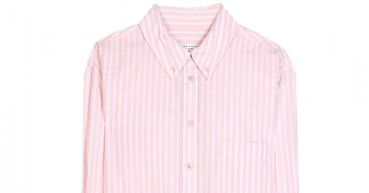 Jede Frau sollte mindestens drei schöne Blusen im Schrank haben. Das unkomplizierte Kleidungsstück ist nämlich schnell zum Klassiker avanciert und macht sich tagsüber im Büro genauso gut wie abends beim gemeinsamen Dinner mit Freunden. Hier geht's zu unseren Lieblingen aus den Onlinestores!